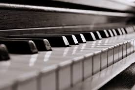 This is a piano, the instrument I play. Source: http://unisci24.com