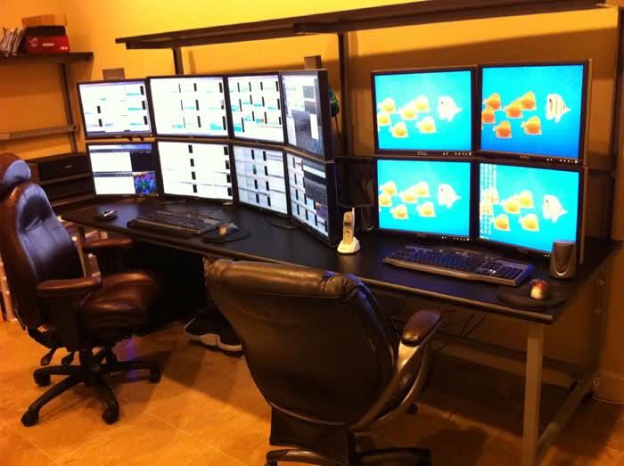 Home Office Dual Desk Setup: Different Displays