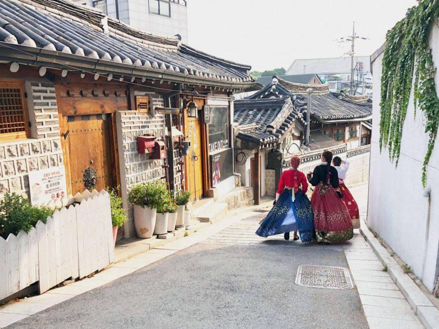 Bukcon+Hanok+Village.+Seoul%2C+South+Korea.